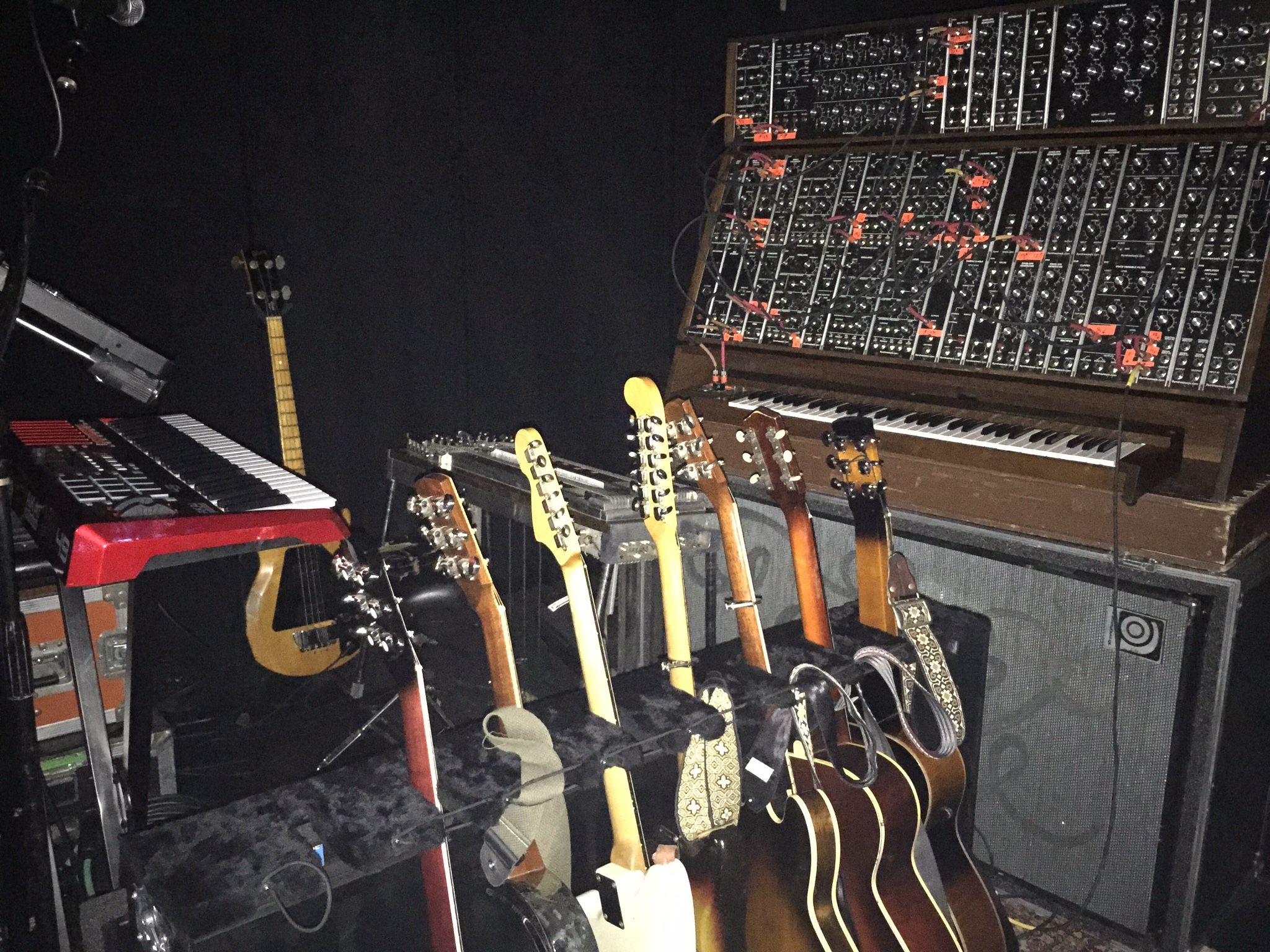 Geeking out over Crowder's rigs.